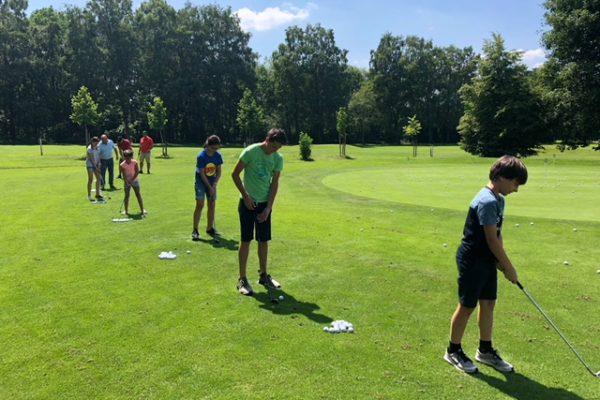 Golfen18Driving4